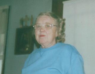 Gladys L Smith