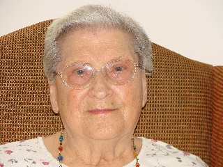 Bessie M Keilholtz